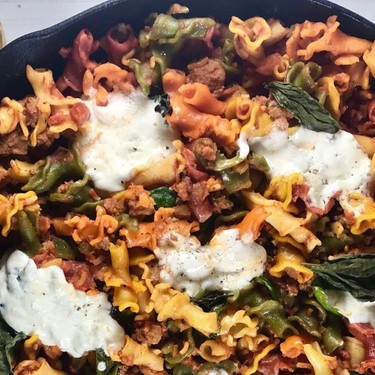Skillet Pasta with Spinach and Burrata Recipe | SideChef