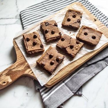 Healthy Chocolate Chip Fudgy Brownie Bars Recipe | SideChef