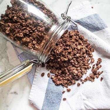 Crunchy Chocolate Granola Recipe | SideChef