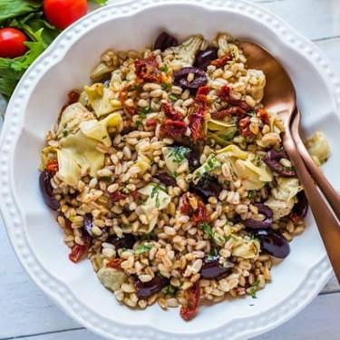 Mediterranean Farro Salad with Champagne Vinaigrette Recipe   SideChef