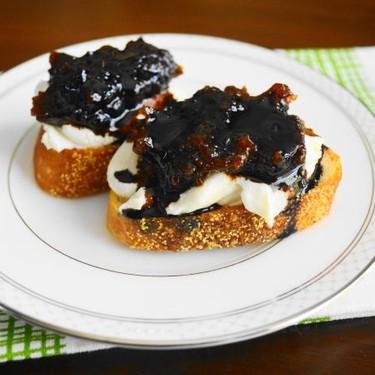 Goat Cheese, Fig and Balsamic Crostini Recipe | SideChef