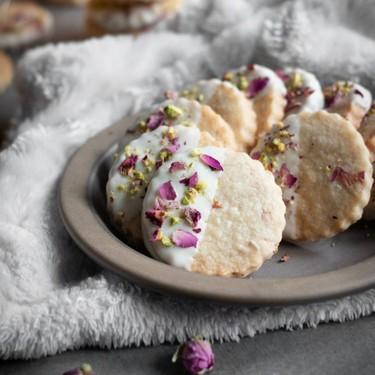 Rose Shortbread Cookies Recipe | SideChef