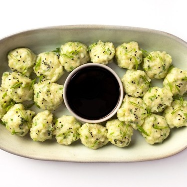 Springy Garlic-Chive Shrimp Balls Recipe | SideChef
