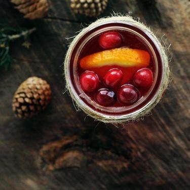 Warm + Cozy Spiced Cranberry Apple Cider Recipe | SideChef