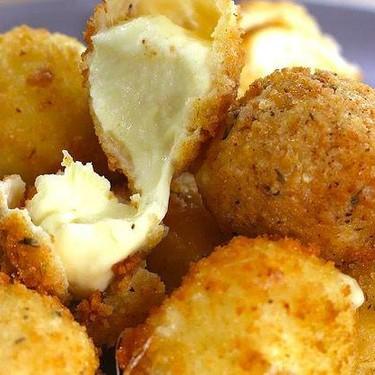 Spicy Cheese Bombs with Chili Mayo Recipe | SideChef