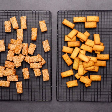 Spicy-Sesame and Garlic-Thyme Crackers Recipe   SideChef