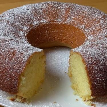 Vanilla Sour Cream Cake Recipe | SideChef