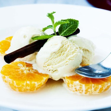 Vanilla Ice Cream with Clementines in Cinnamon Syrup Recipe | SideChef