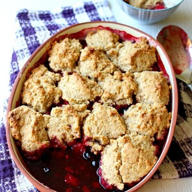 Rustic Bumble Berry Crumble Crisp Recipe | SideChef