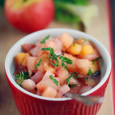 Sweet and Tangy Apple and Peach Chutney Recipe | SideChef