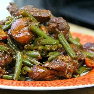 Ginger Stewed Chicken with String Beans Recipe | SideChef