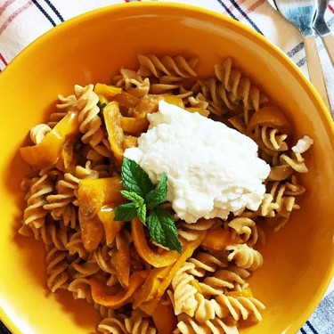 Pasta with Bell Peppers & Ricotta Recipe | SideChef