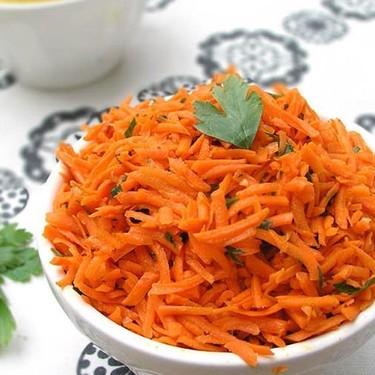 Moroccan Raw Carrot Salad Recipe | SideChef
