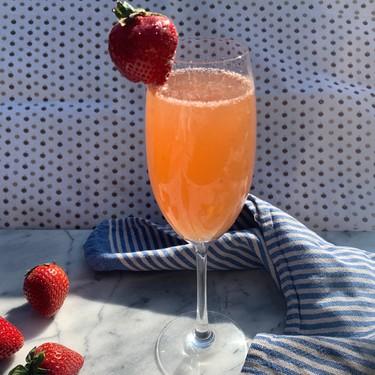 Strawberry French 75 Recipe | SideChef