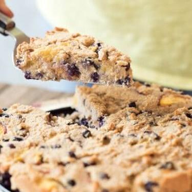 Gluten-Free Peach and Wild Blueberry Cake Recipe | SideChef