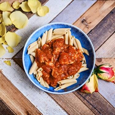 Crockpot Spaghetti Sauce with Chicken and Spinach Recipe | SideChef