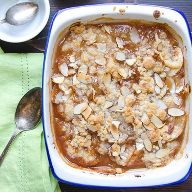 Ginger Pear and Almond Crumble Recipe | SideChef