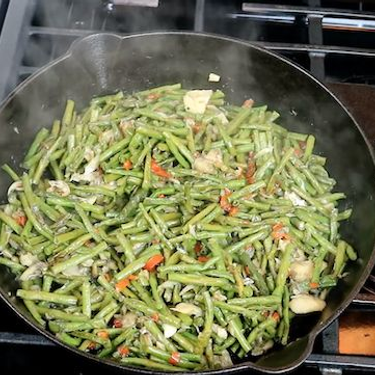Stewed Bodi (String Beans) with Salted Cod Recipe | SideChef