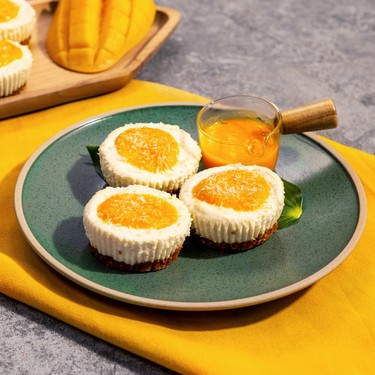 Mini No-Bake Coconut Cheesecake with Mango Purée Recipe   SideChef