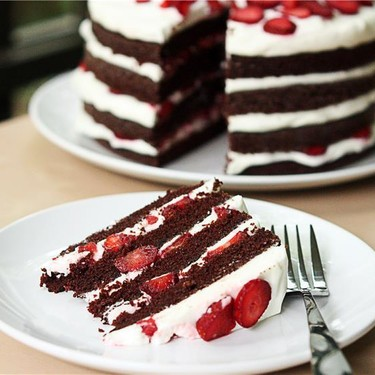 Chocolate Strawberry Cream Cake Recipe   SideChef