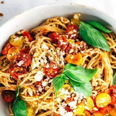 Roasted Tomato Basil Pesto Pasta Recipe | SideChef