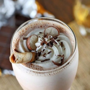 Boozy Chocolate Milkshake with Whiskey Recipe | SideChef