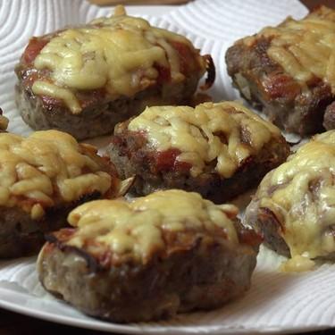 Cheeseburger Mini Meatloafs Recipe | SideChef