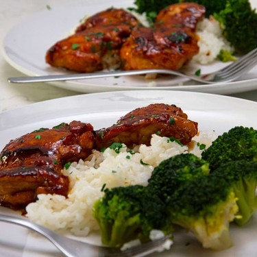 Sweet and Spicy Glazed Chicken Thighs Recipe   SideChef