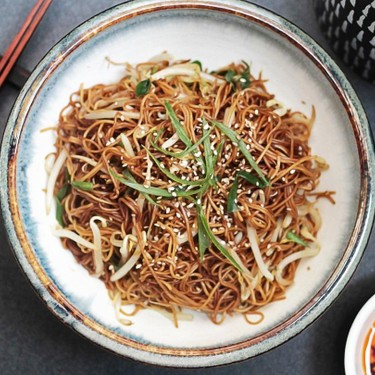 Simple Stir-Fried Noodles with Bean Sprouts Recipe   SideChef