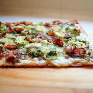 Balsamic Onion Flat Bread Recipe | SideChef