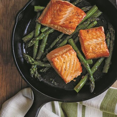 Pan-Seared Salmon with Dill Sauce and Asparagus Recipe   SideChef