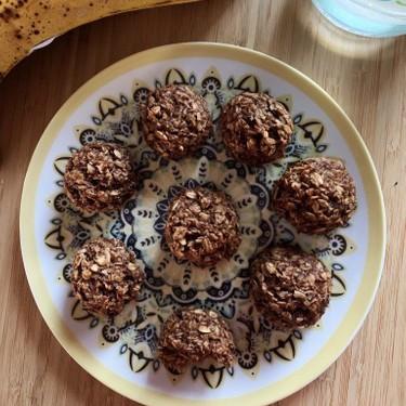 Banana Chocolate Protein Bites Recipe | SideChef