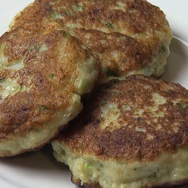 Easy Fish Cakes Recipe | SideChef