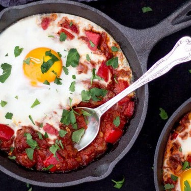 Easy Spicy Baked Eggs Recipe | SideChef
