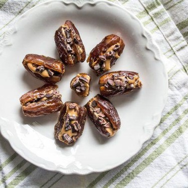 3 Ingredient Peanut Butter and Cacao Nib Date Bites Recipe | SideChef