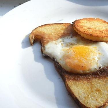 Eggs in a Potato Basket Recipe | SideChef