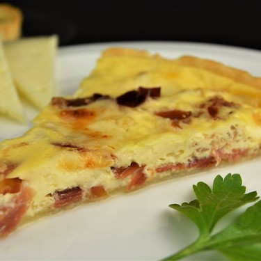 Serrano Ham and Manchego Cheese Quiche Recipe | SideChef