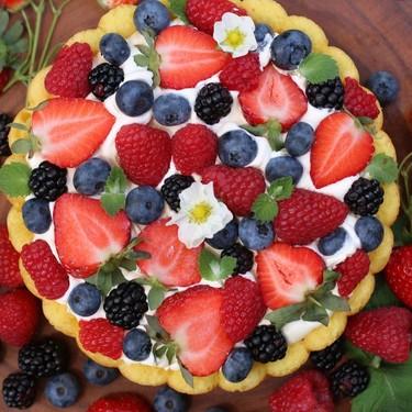 Summer Berry Charlotte Cake Recipe   SideChef
