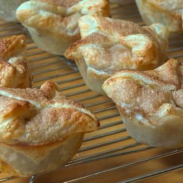 Cheater's Mini Apple Pies Recipe | SideChef