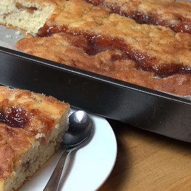 Jam Donut Tray Bake Recipe | SideChef