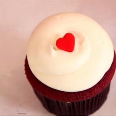 Georgetown Cupcake's Red Velvet Cupcake Recipe | SideChef
