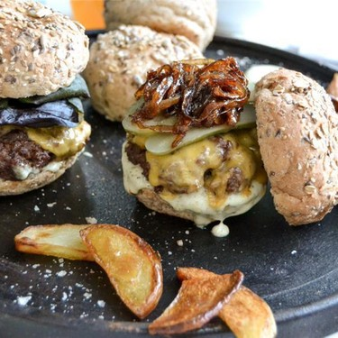 Beef Burger with Homemade Blue Cheese Mayonnaise Recipe | SideChef