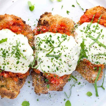 Baked Chicken Parmesan with Fresh Tomato Sauce Recipe | SideChef