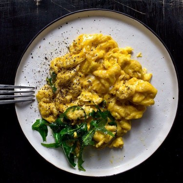 15-Second Creamy Scrambled Eggs Recipe | SideChef