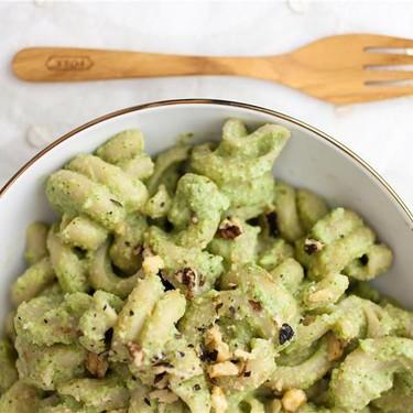 Broccoli Walnut Pesto Pasta Recipe | SideChef