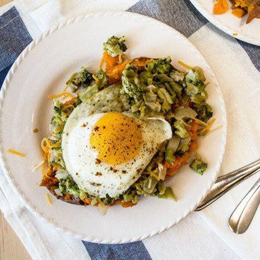 Broccoli Cheese Sweet Potatoes with Fried Egg Recipe | SideChef