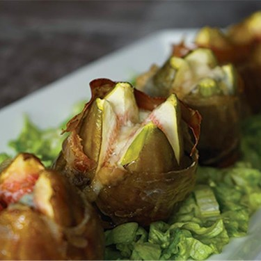Baked Figs Wrapped in Prosciutto and Gorgonzola Recipe | SideChef
