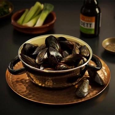 Belgian Beer Mussels Recipe | SideChef