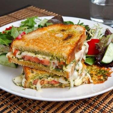 Caprese Grilled Cheese Sandwich Recipe | SideChef