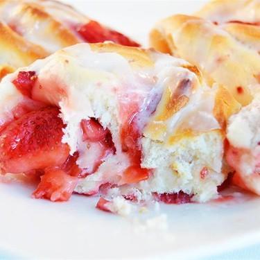 Strawberry Sweet Rolls Recipe   SideChef